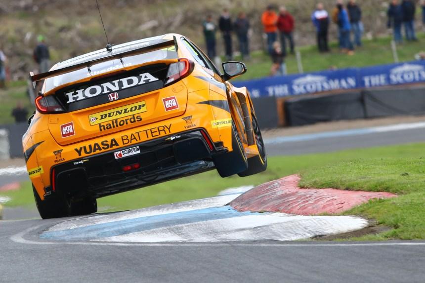 Gordon Shedden (GBR) Halfords Yuasa Racing, Honda Civic Type R
