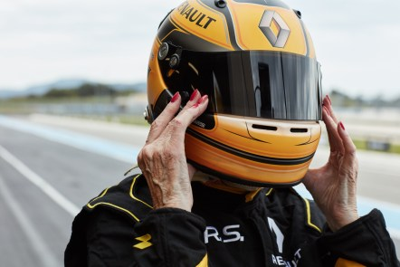 Renault Sport Rosemary Smith F1 (3)
