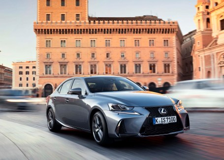 Lexus IS d