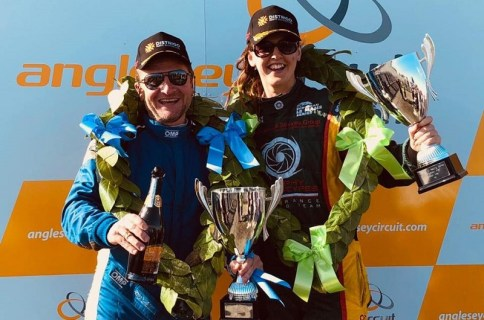 Nicole Drought and Colin Lewis Winners Anglesey 4 Hour C1 Race 2019