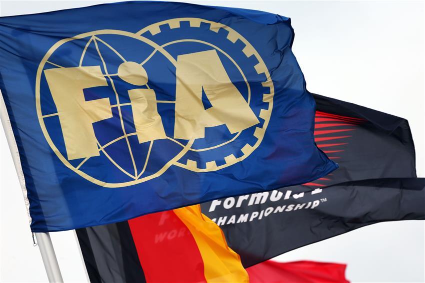 f1 bandiera bianco nera, il significato