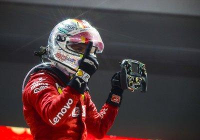 F1 GP Singapore - Notizie Vettel, vince la gara e ringrazia i tifosi per il supporto