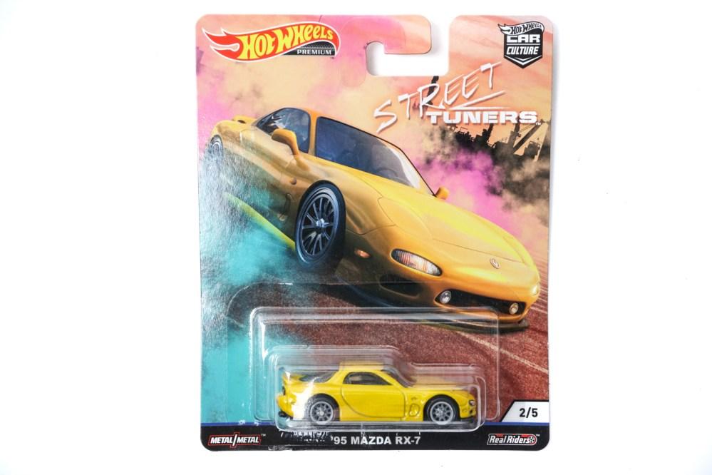 modellino mazda rx7 hot wheel gialla