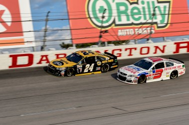 Chase Elliott (24) and Austin Dillon (3) race high in turn 1 during the 2016 Southern 500 in Darlington, Sc, Sunday, September 4, 2016.