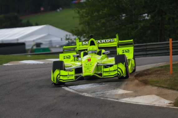 Simon Pagenaud attacks the apex at turn 8 during the Honda Indy Grand Prix of Alabama at Barber Motorsports Park, on April 23, 2017.