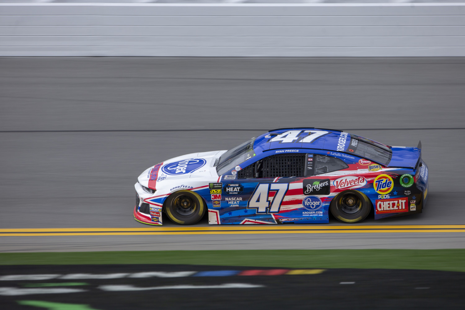 Preece Finishes Eighth in Daytona 500 with Incredible Wreck