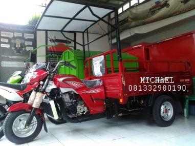motor-roda-tiga-300-atap-002