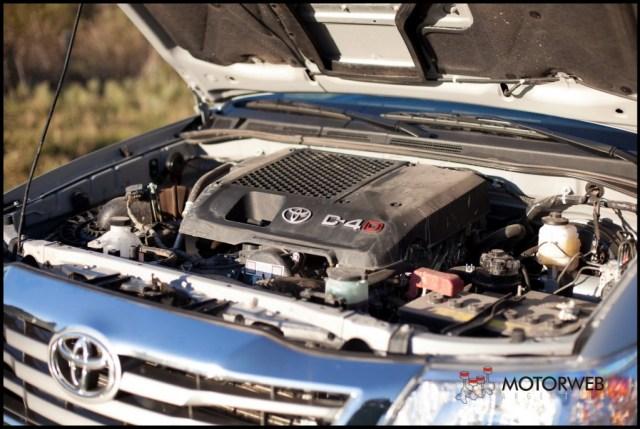 2013-05-16 TEST Toyota Hilux SRV 4x4 AT 053