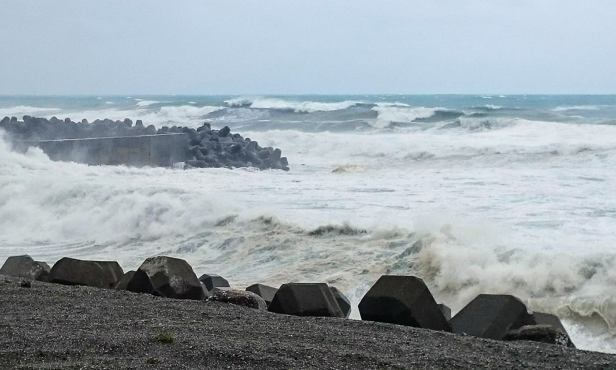 台風10号の土佐湾