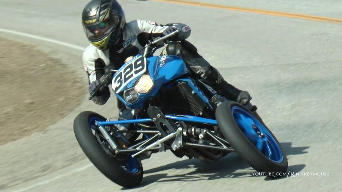 Z1000 con 3 ruedas en Mulholland
