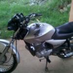 Leilão tem moto Honda CG 150 2004/2005 e muitas outras em bom estado