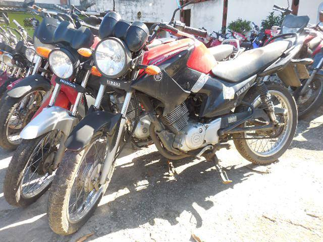 Leilão tem moto Yamaha YBR ano 2013/14 com lance inicial de R$750
