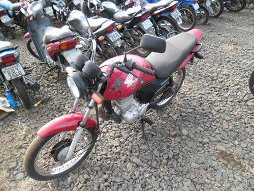 Moto Honda CG 150 Titan ES com lance inicial de R$800,00
