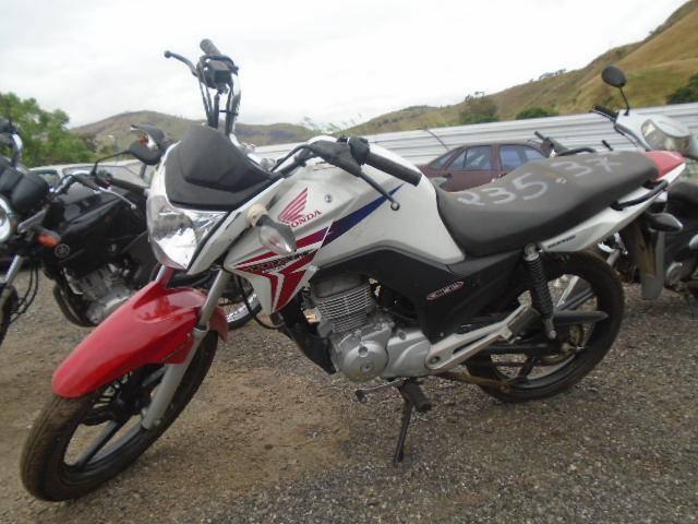 Honda CG150 Titan ano 2014 15 com lance inicial de R$841,10