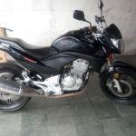 Leilão de veículos tem moto Honda CB 300R com lance inicial de R$1,4 mil
