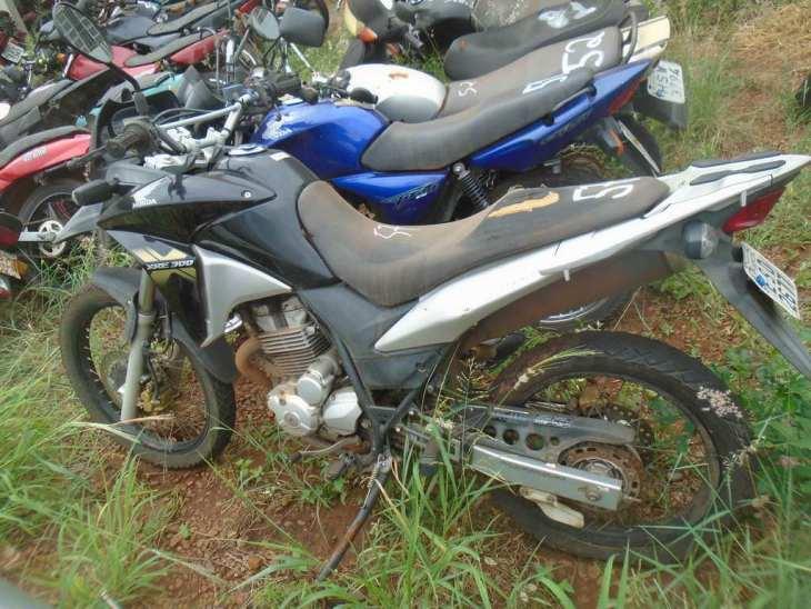 Leilão do DETRAN tem Honda XRE 300cc a R$6,1 mil