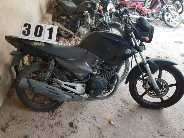 Leilão do DETRAN tem moto Yamaha YS 150cc a R$ 3,5 mil