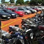Detran realiza leilão de 178 motos e 48 carros apreendidos