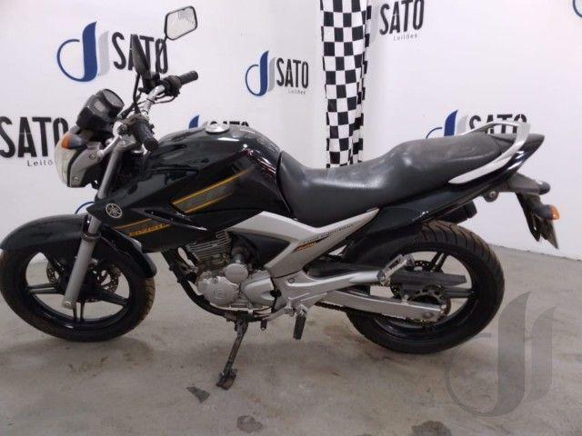 Leilão do Santander tem Yamaha Fazer YS250