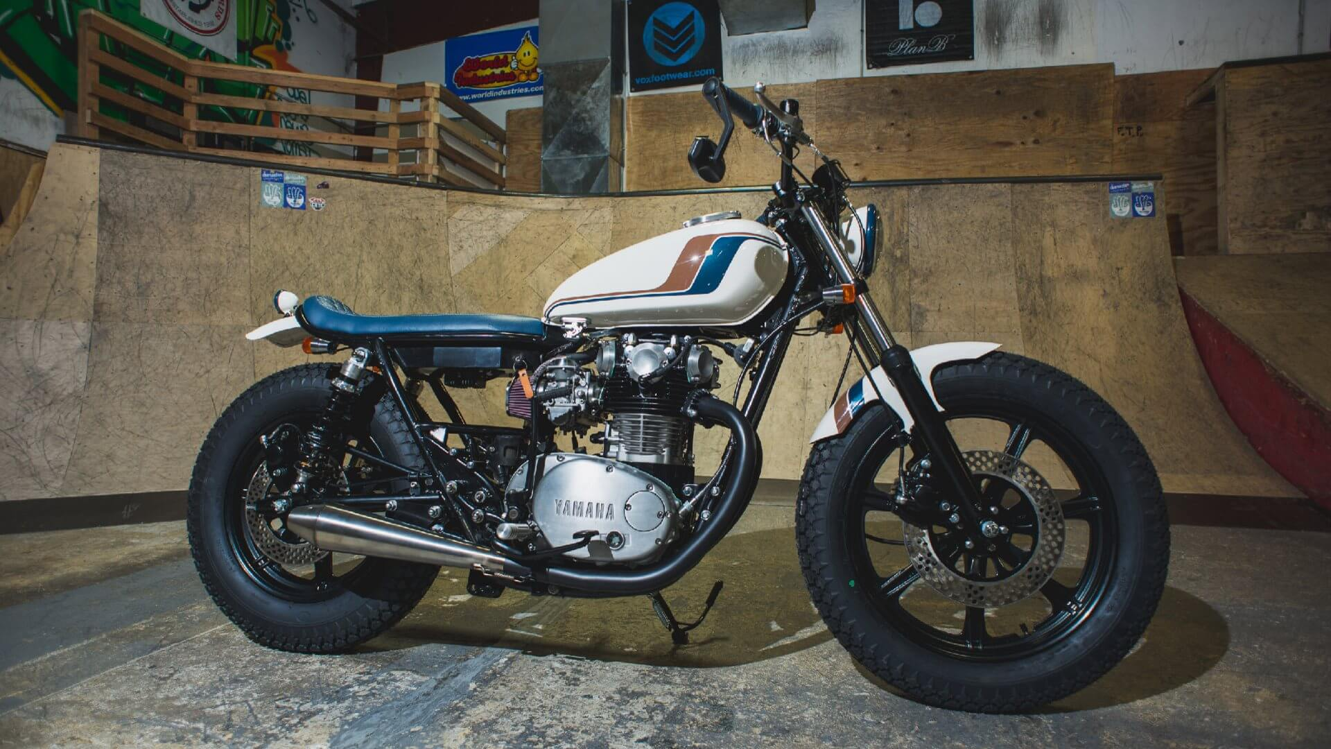 Yamaha XS650 by Analog Motorcycles