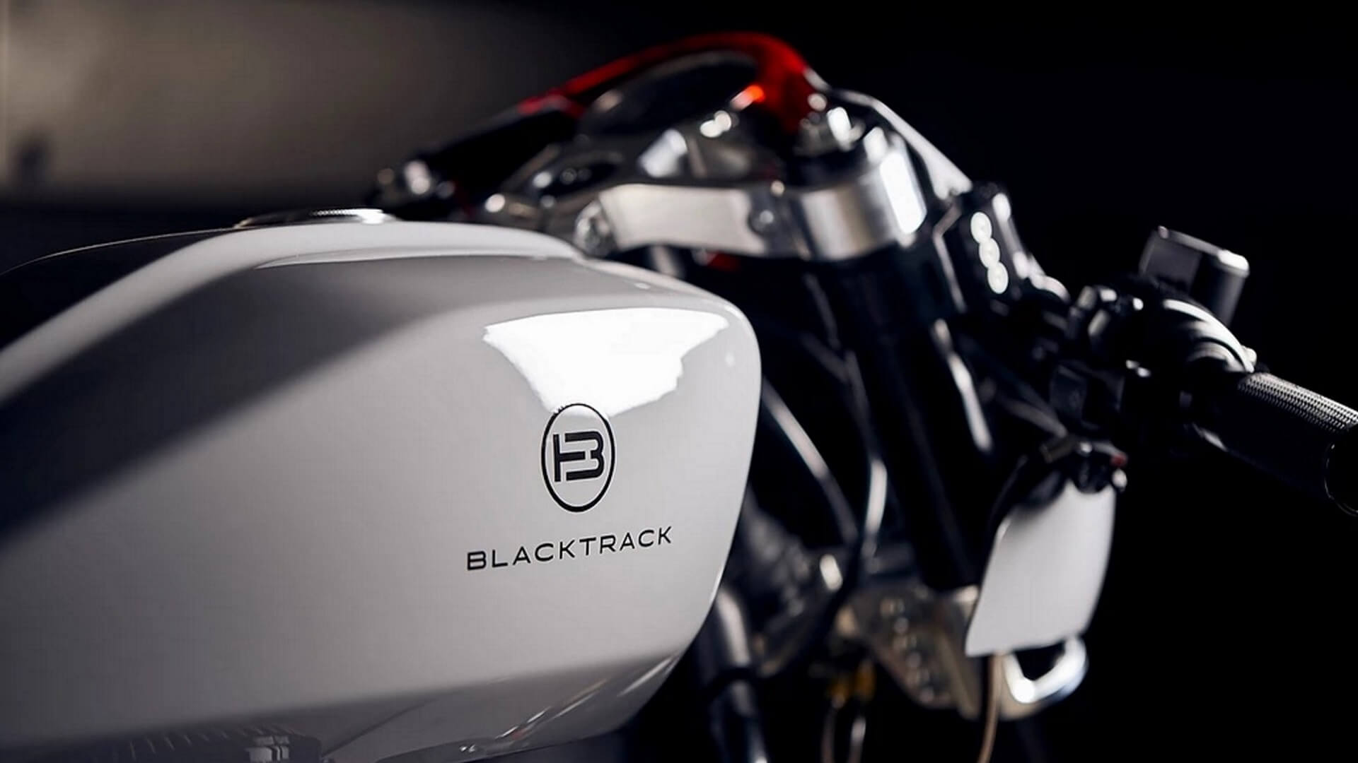 Harley-Davidson Fat Bob 114 par Blacktrack Motors