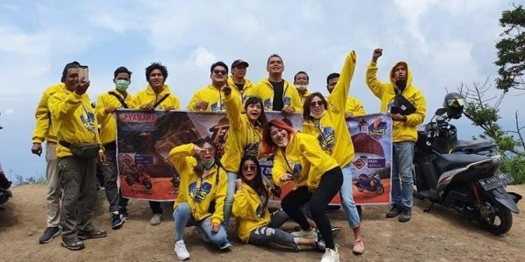 Touring Generasi 125 ke Puncak Gunung Telomoyo-Diikuti Media & Perwakilan Konsumen Yamaha