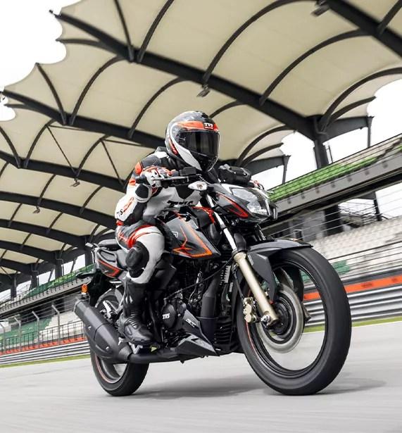 Racing the TVS Apache RTR 200 4V