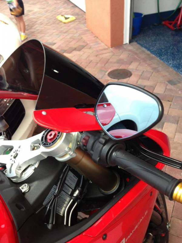 Rizoma Mirror Quot Veloce Quot It Includes The Correct Bracket