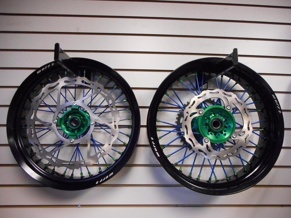 DRZ 400 Supermoto Wheel Set, Suzuki DRZ 400 Supermoto Wheel Set