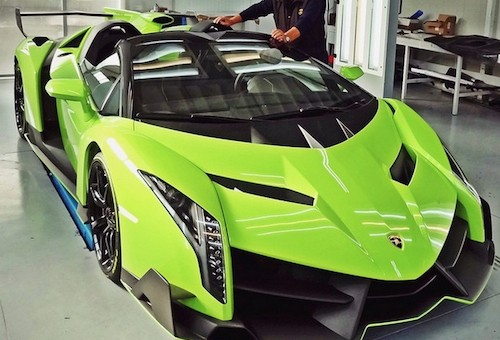 how fast go can veneno lamborghini