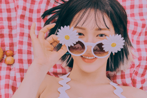 Red Velvet Wendy unveiled her teaser…....Cool+Juicy