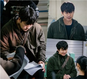 'Fly Dragon' Jung Woo-sung begins shooting... Expecting synergy with Kwon Sang-woo