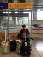 Sketching di stasiun bandara Frankfurt