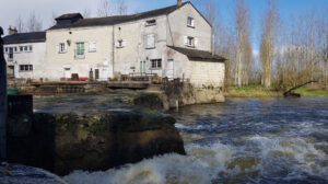 Moulin2Roues-Building-The_Mill-04