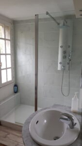 Moulin2Roues - Double (superior) room - ensuite bathroom