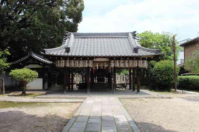 綾戸國中神社