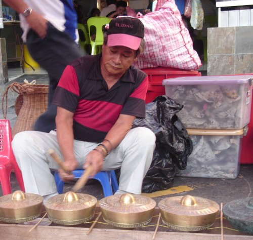 Uncle playing kulintangan