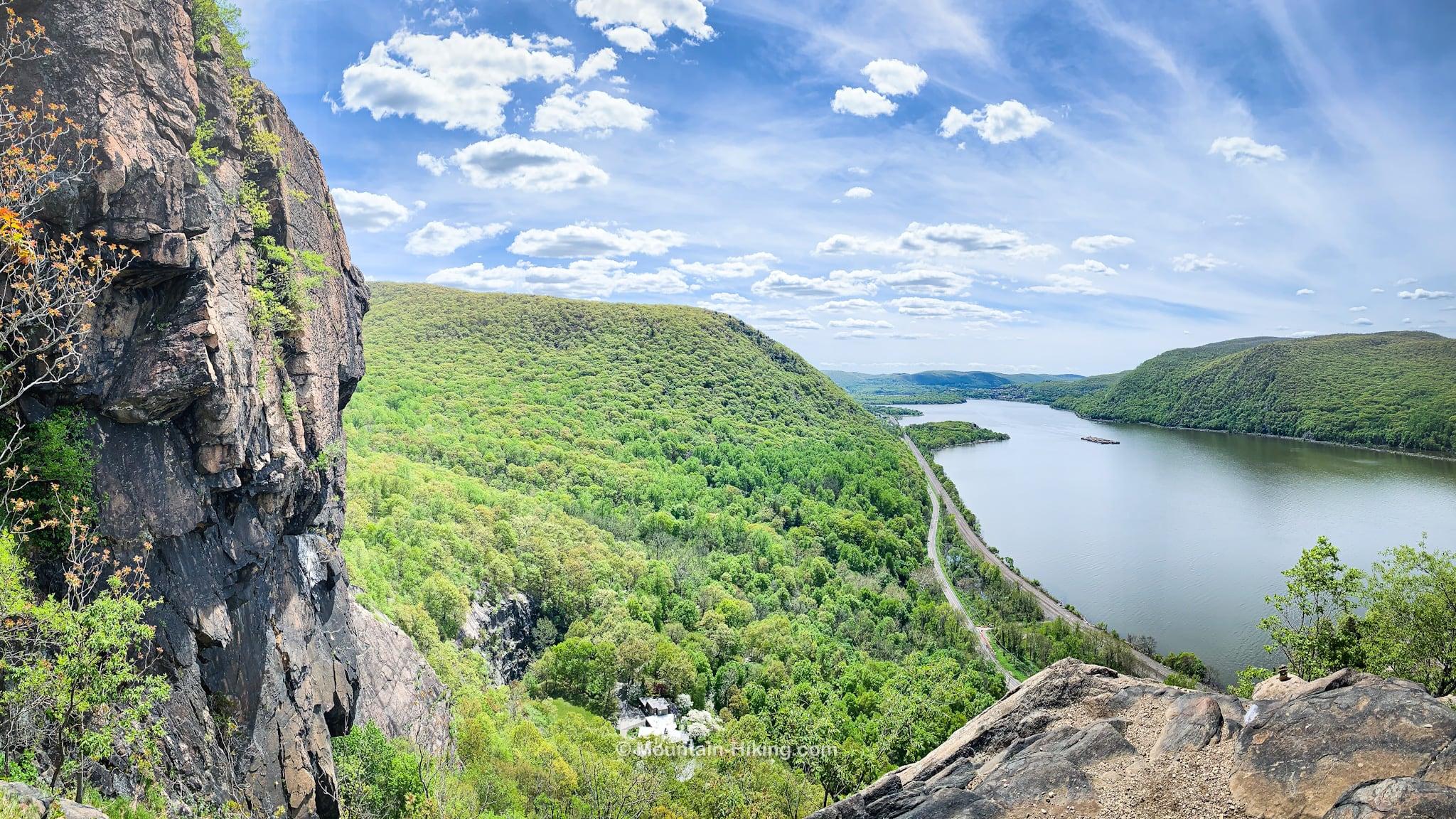 view south down the Hudson