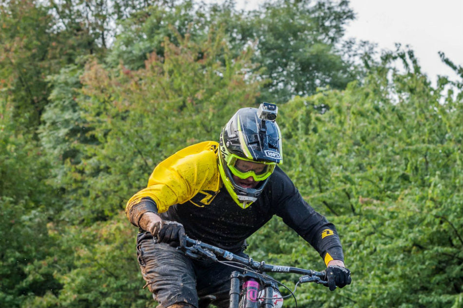 mountain bikes - best helmet