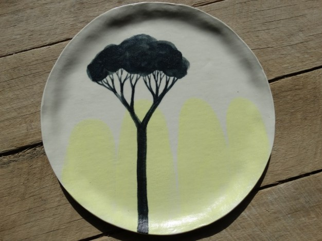Tree and rock dinner plate