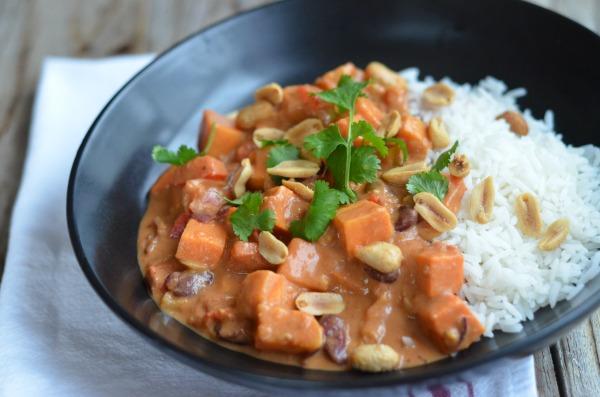 Vegan Sweet Potato Peanut Stew | mountainmamacooks.com