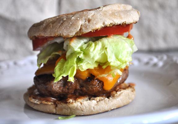 bbq-cheddar-caramelized-onion-burger