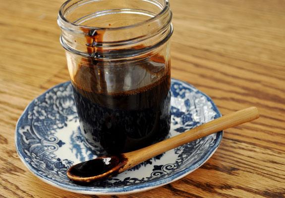 how-to-make-reduced-balsamic-glaze