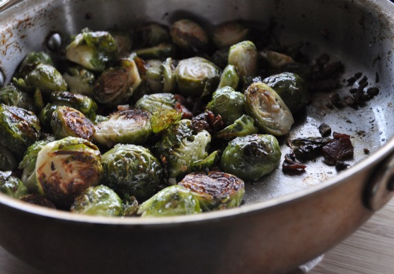 oven-roasted-brussels-sprouts-with-bacon-mountain-mama-cooks-4
