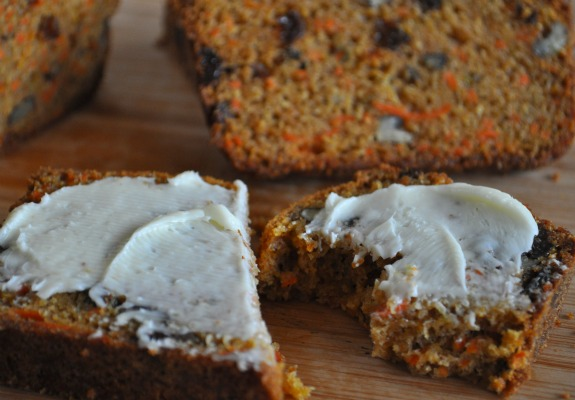 Carrot-bread-with-raisins-and-pecans-mountain-mama-cooks-1