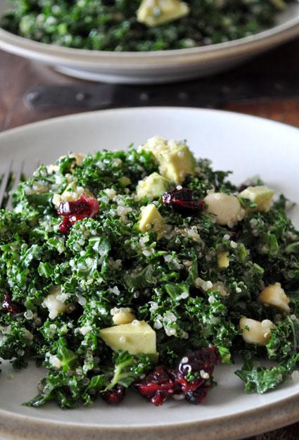 kale-&-quinoa-salad-cranberries-avocado-macadamia-nuts-mountain-mama-cooks-1