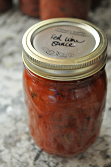 canning red wine sauce, www.mountainmamacooks.com