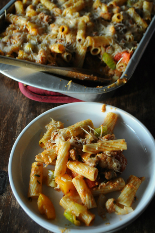 Baked Rigatoni with Sausage, Cauliflower & Tomatoes, www.mountainmamacooks.com