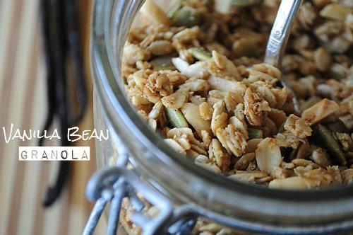 Vanilla Bean Granola Recipe, www.mountainmamacooks.com