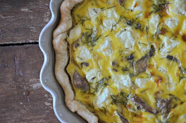 Goat Cheese Quiche with Mushrooms and Onions, www.mountainmamacooks.com